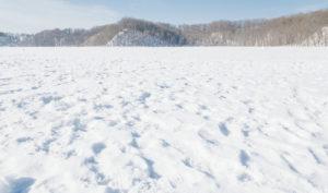 デスクワークの私が冬にする完璧な下半身・足の寒さ対策を紹介!